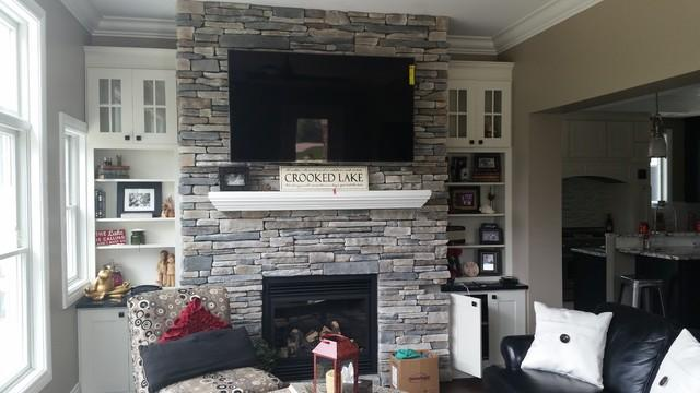 Cultured Stone Country Ledgestone Random Feature Wall